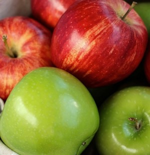 Apples - natural weight loss food